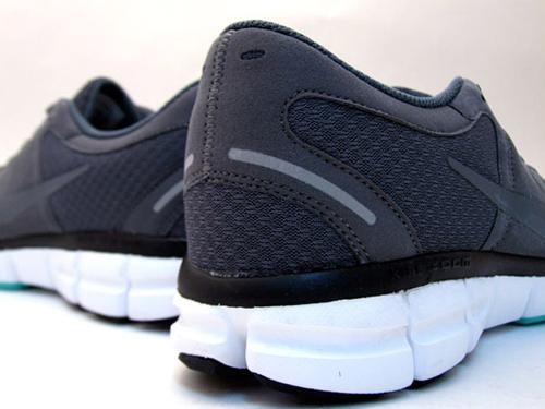 nike-10ac-sneaker-4