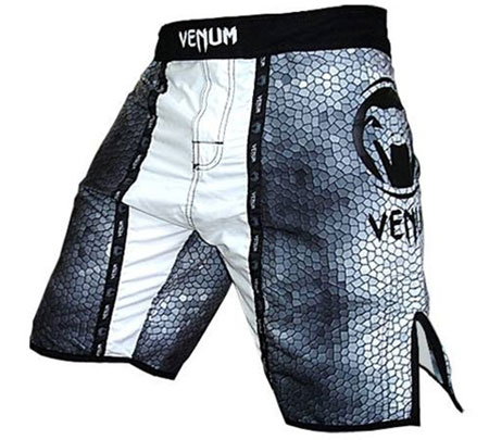 venum-fight-shorts-3