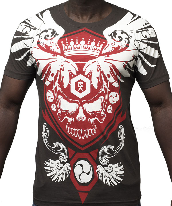 Red-Arme-shirt-5