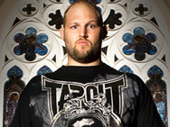 tapout-rothwell-1
