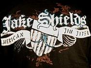 jakt-jake-shields-tee-1