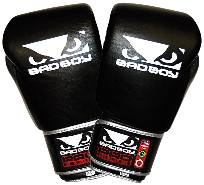 bad-boy-pro-series-muay-thai-gloves