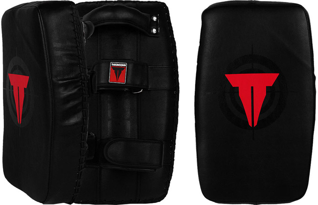 throwdown-elite-curved-thai-pads