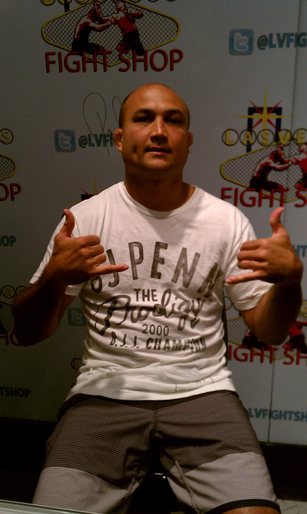 bj-penn-rvca-roots-of-fight-tee