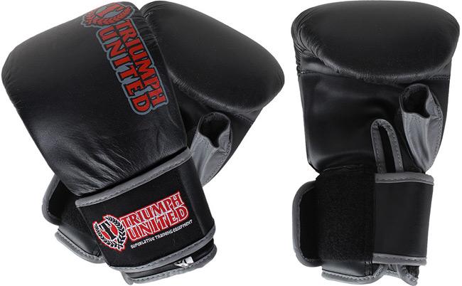 triumph-death-star-bag-gloves