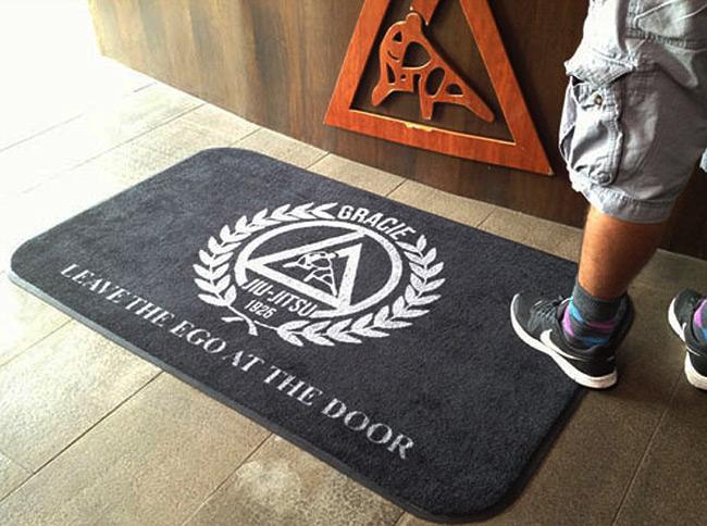 gracie-jiu-jitsu-floor-mats