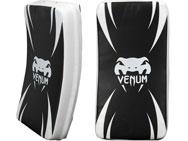 venum-absolute-kick-shield