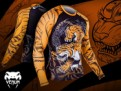 venum-tiger-rash-guard