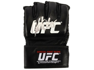 anthony-pettis-signed-ufc-glove