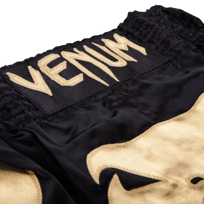 venum-bangkok-inferno-muay-thai-shorts-black-gold-2