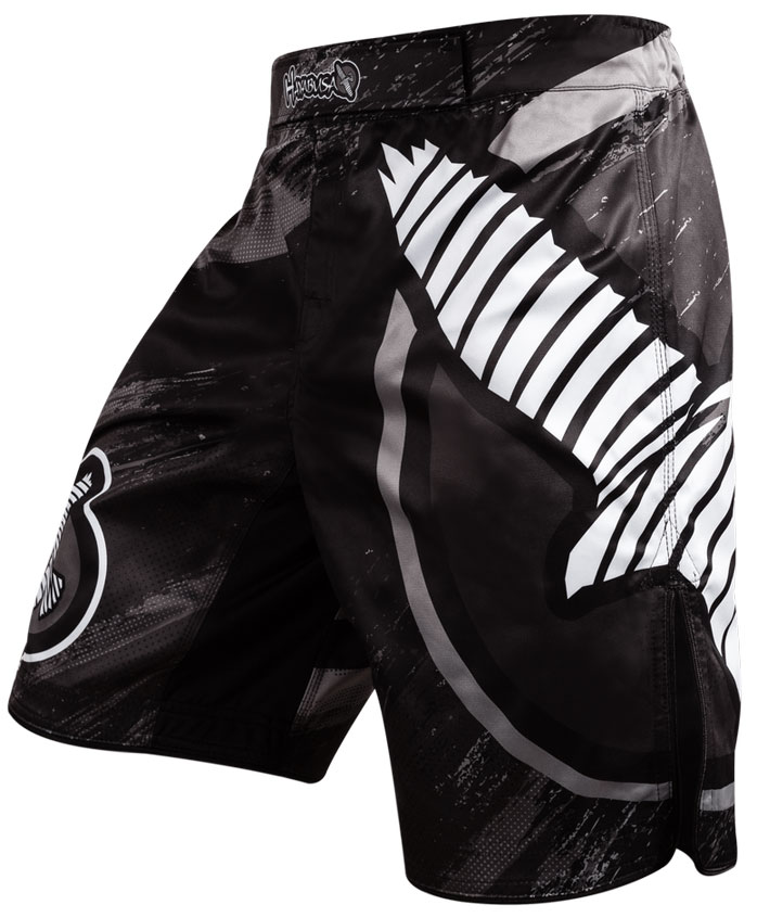 hayabusa-chikara-3-fight-shorts-black-2